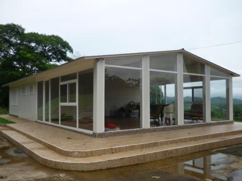 Imagen casas de pvc for Casas de pvc para jardin
