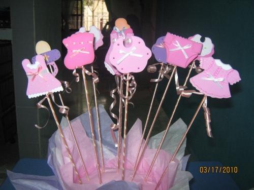 Centros de mesa en fomi para baby shower de niña - Imagui