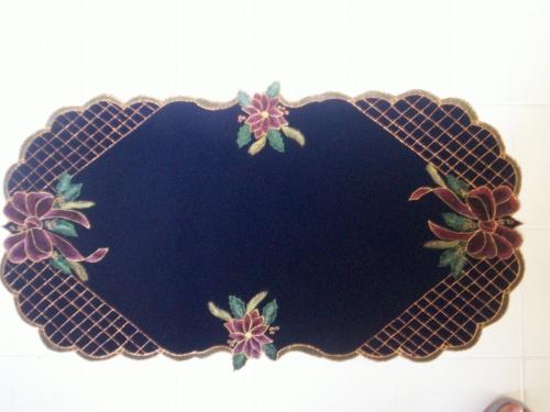 1000 images about individuales tapetes y centros de mesa - Centro de mesa para navidad ...