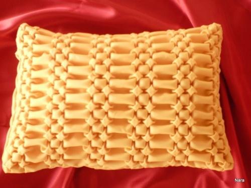 designing fashion smoke cushion smocking capitone capitone sarita