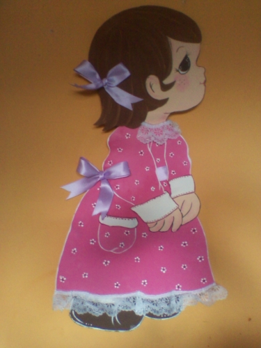 Carpeta de muñeca en foami
