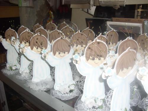 Figura de angeles en foami - Imagui