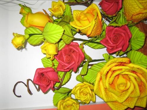 Como hacer flores con fomi - Imagui